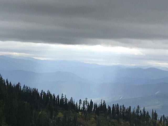Views are splendid along the ridge