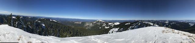 Panoram shot from Latour Peak
