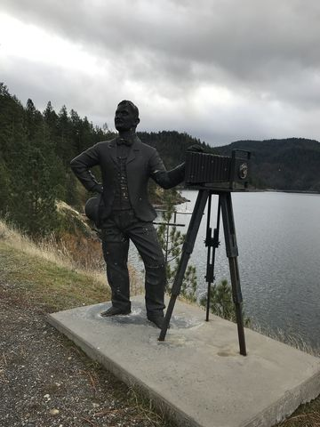 Statue of Leopold  along the trail