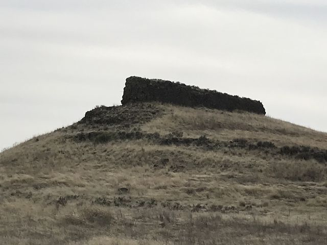 Basalt rock outcroppings abound on the way from Wall Lake to Escure Ranch