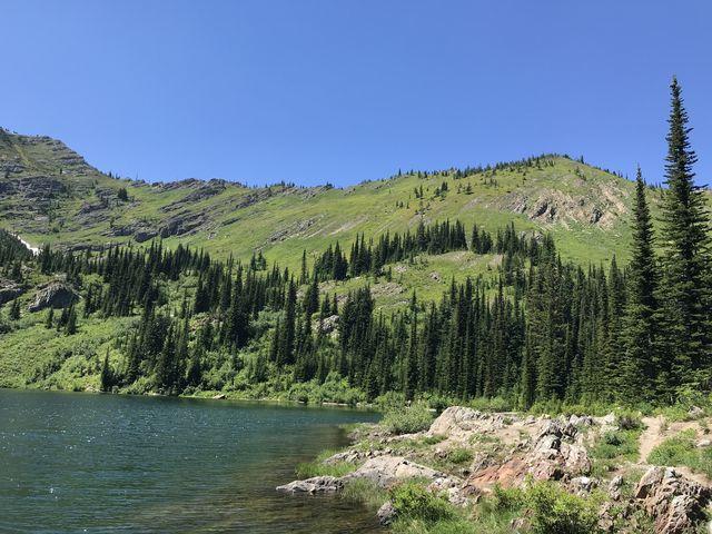 The ridge dividing the Stevens Lakes and Lone Lake