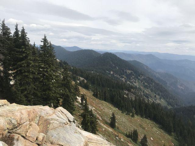 The east face of Mallard Peak and the Collins Peak ridge