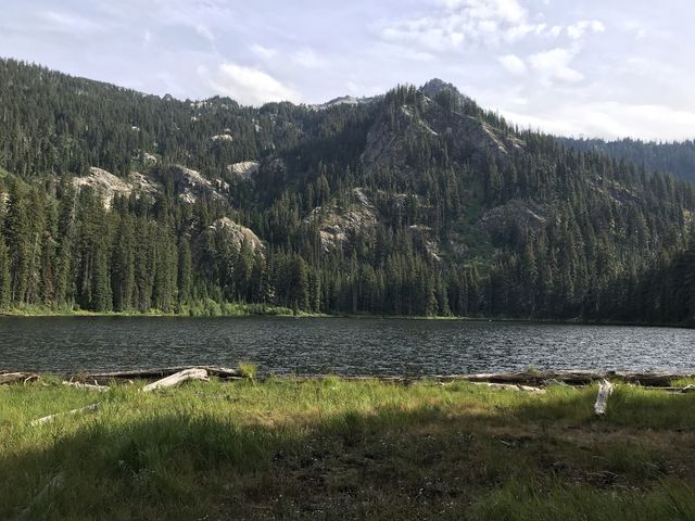 Skyland Lake. Mallard Peak is up to the left.